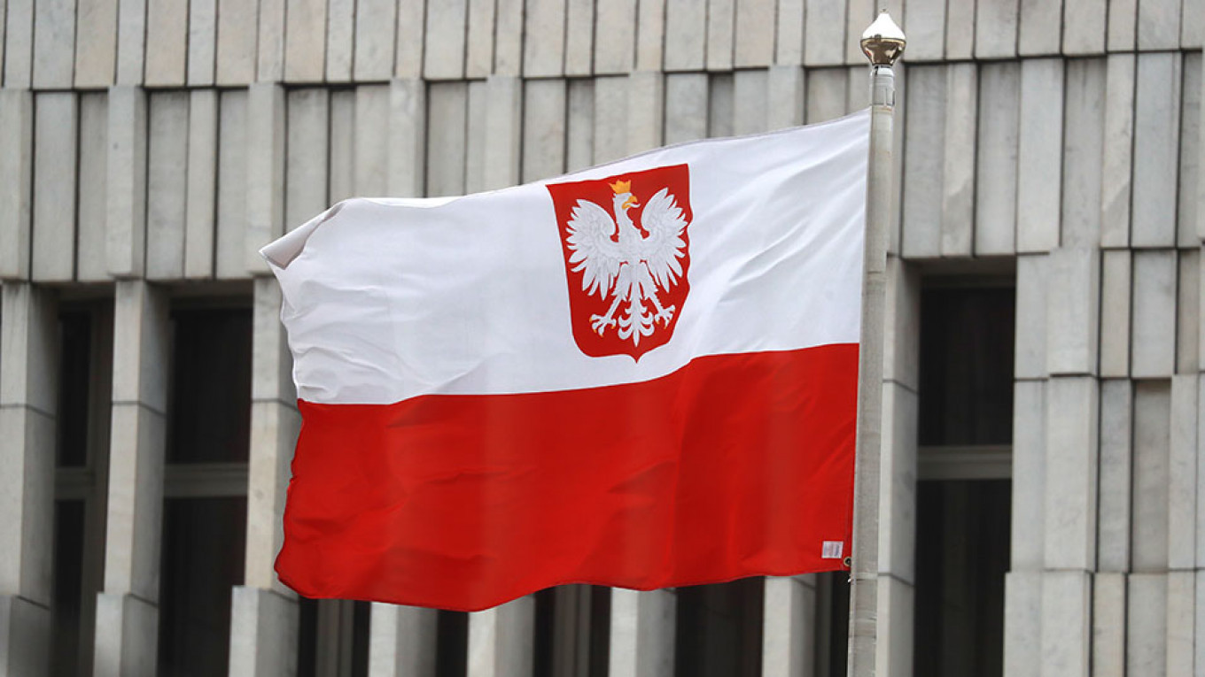 Poland Arrests Suspected Russian Spy – The Moscow Times