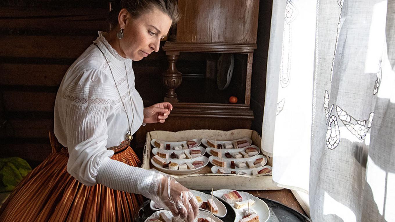 Serving pastila, one of Kolomna's famed confections Stanislva Krasilnikov / TASS