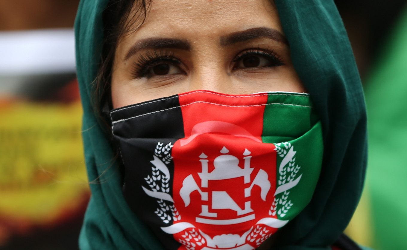Russians Fined for Protest in Support of Afghan Women – The Moscow Times