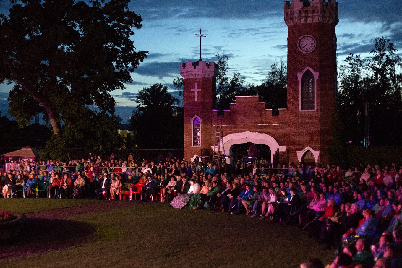 Some of the festival events took place at Ramon estate, 30 kilometers from Voronezh Daria Lukonkina