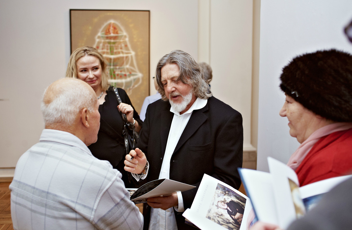 Edward Bekkerman at the official opening at the Stroganov Palace in St. Petersburg Courtesy of Russian Museum