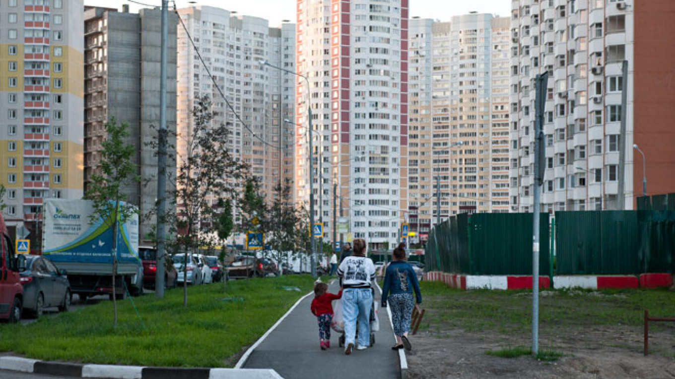 Apartment Rental Prices in Moscow Down 8 Percent in 2015