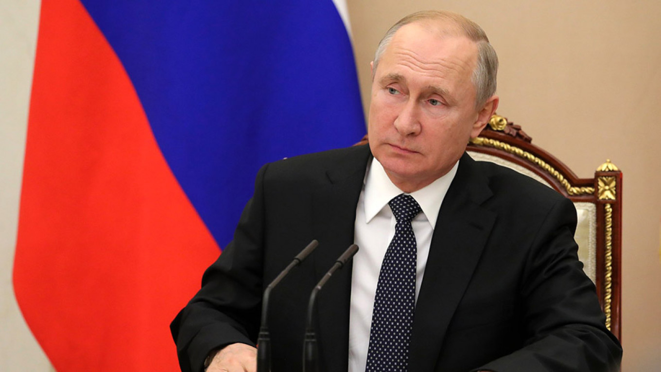 Putin Opposes Georgian Sanctions, Saying He Does Not Want to Complicate Relations