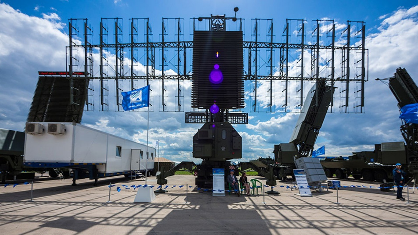 Russia to Build New Missile Early-Warning Radar Station in Crimea