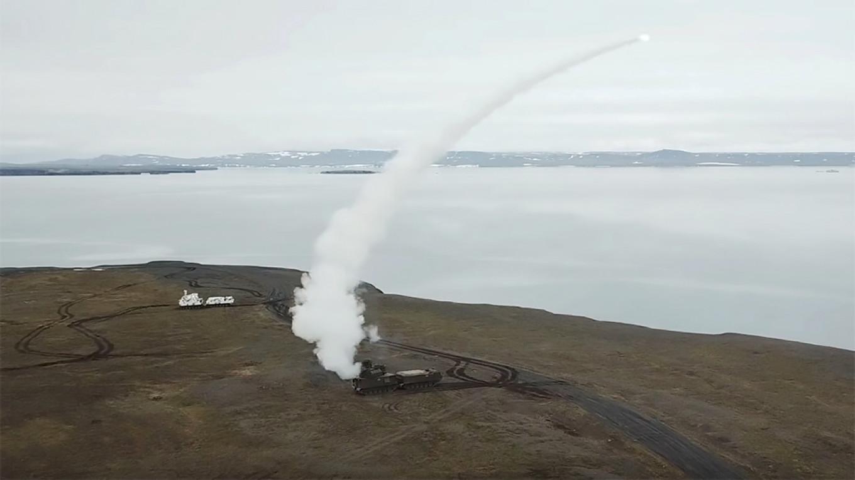 Russia Tests New Arctic Anti-Aircraft Missiles at Novaya Zemlya