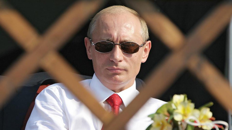 The Tragedy Of The Age Old Kremlin Vor Alliance Op Ed
