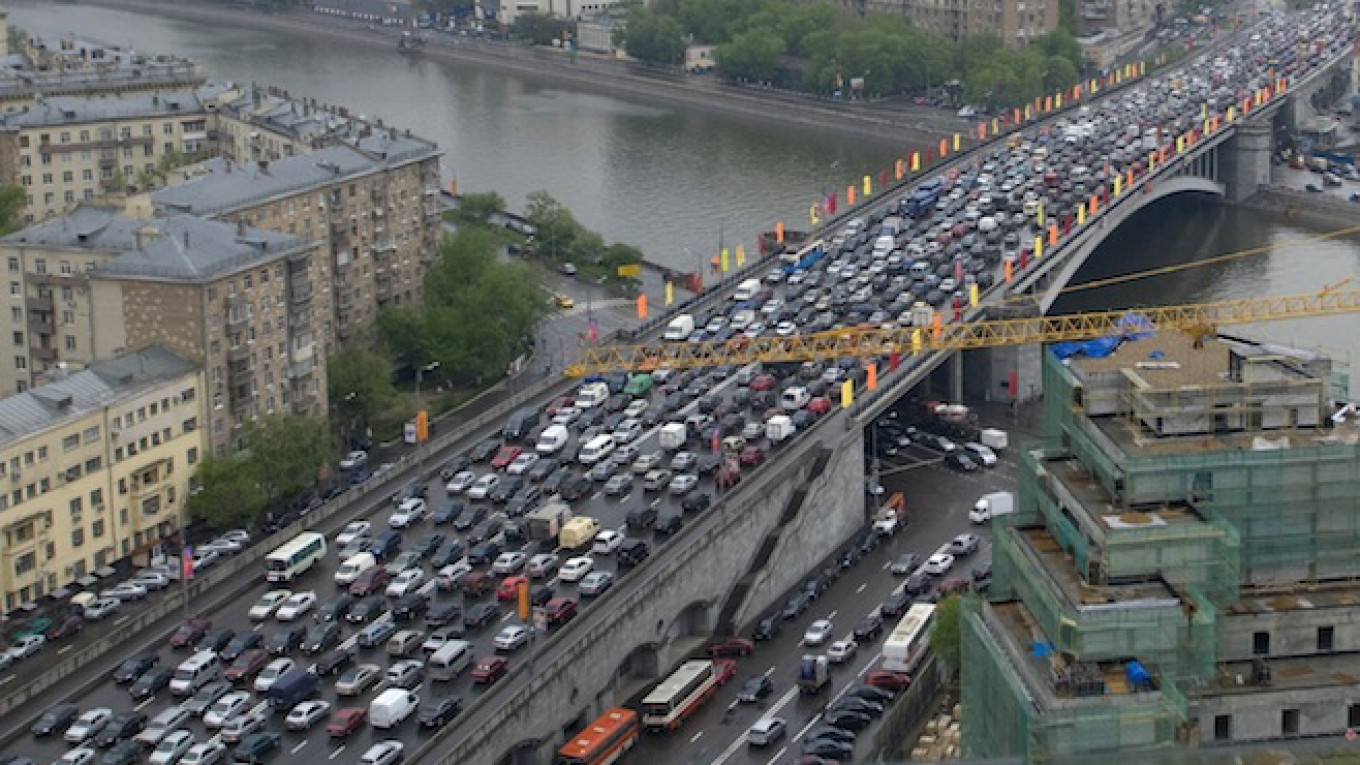 Moscow and St  Petersburg Lead Europe in Traffic Jams