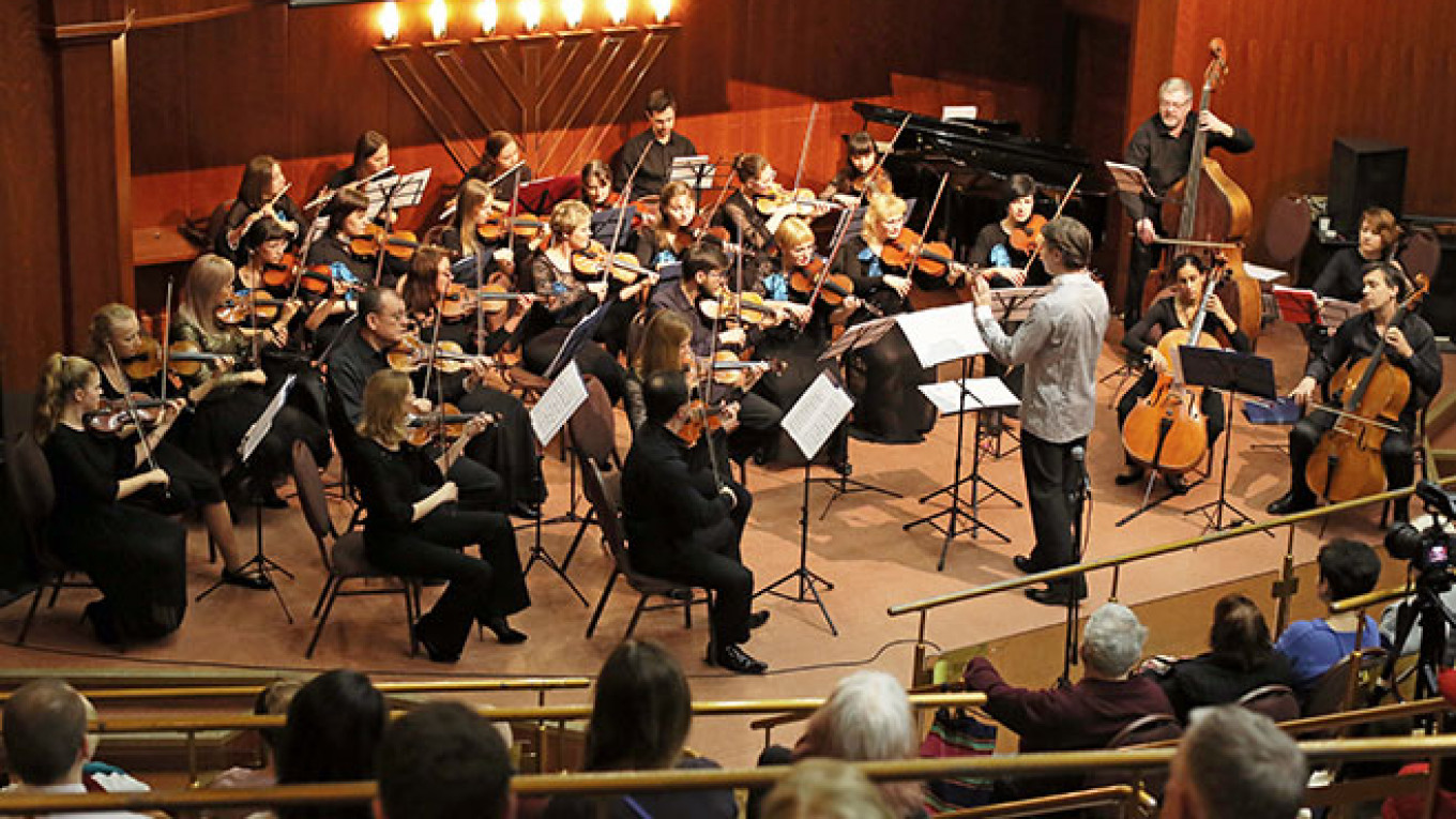 Music in Moscow on Sunday: The Adventures of Foreigners in