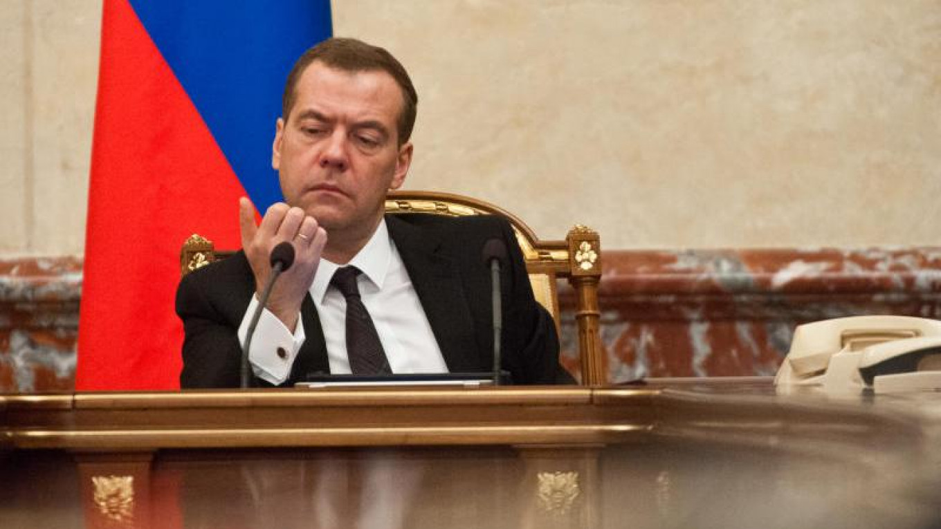 Russia Prime Minister Resigns, States Reasons