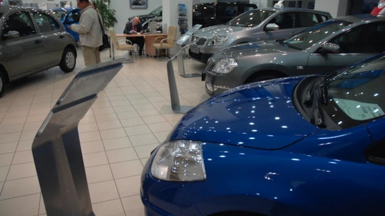 Russian Car Sales Down 36% in 2015
