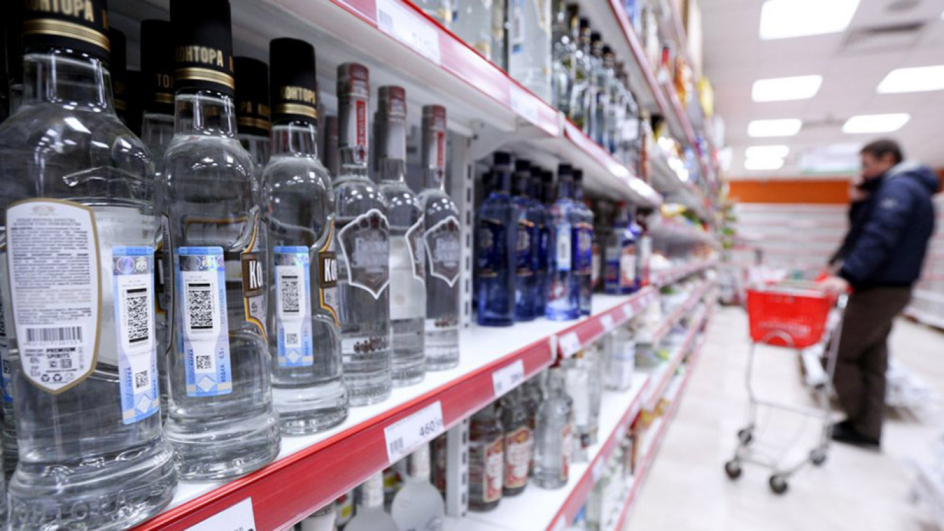 Russia Considers Tightening Alcohol Rules