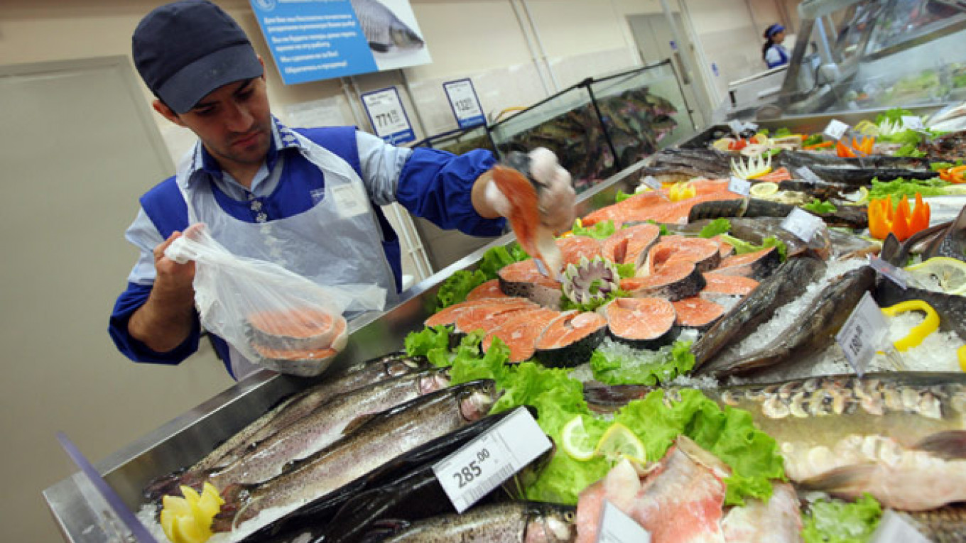 Russian Food Prices Stabilize After Months of Racing Inflation