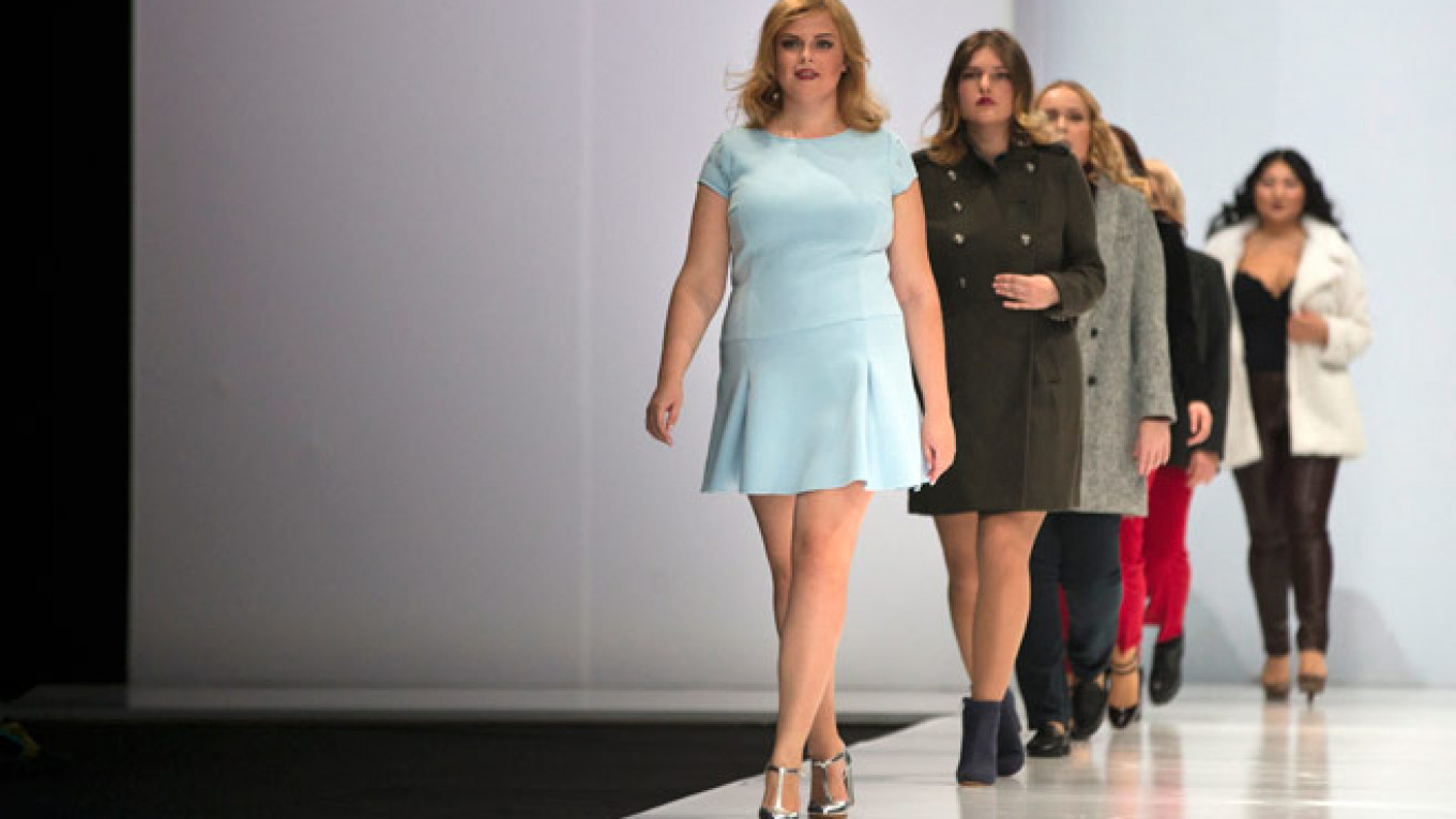 4012834c1e2 Big Girls Are Beautiful  Russian Fashion Week Celebrates Plus-Size Women