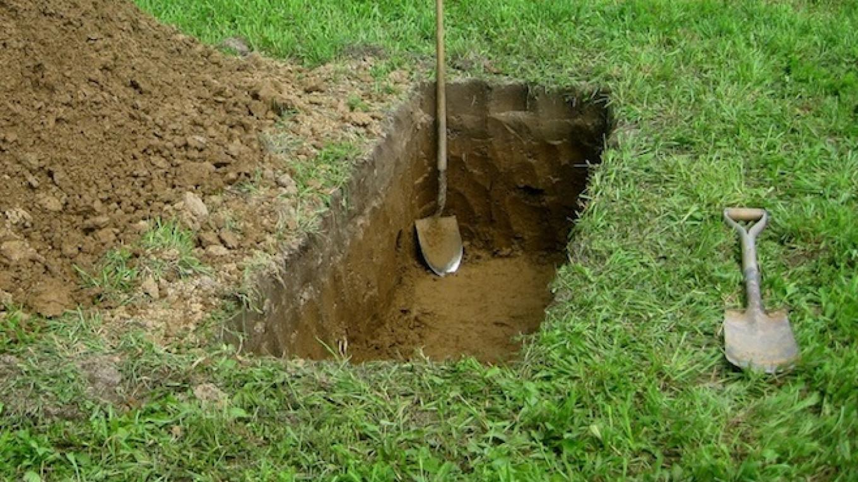 Graves Dug in Siberia for War Veterans Who Are Still Alive