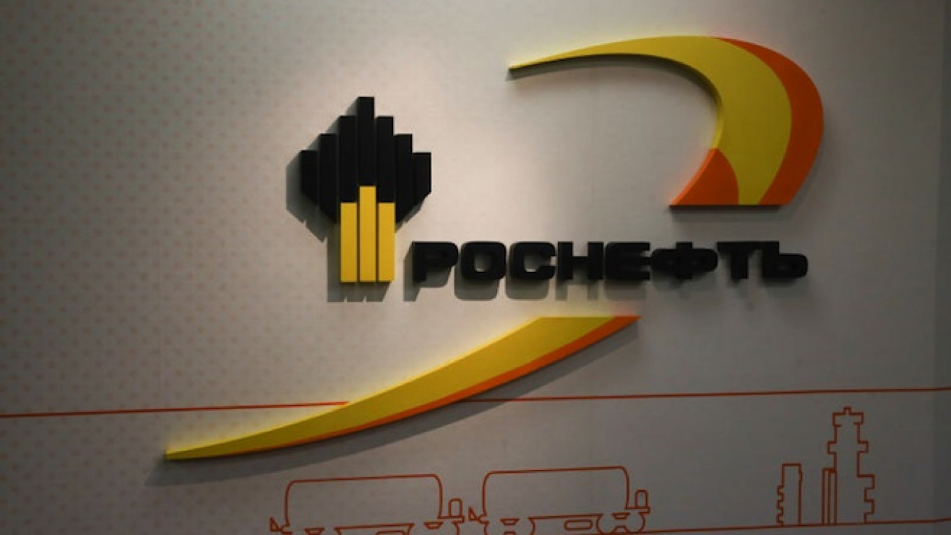 Rosneft Can't Drill in Arctic Without Sanction-Hit