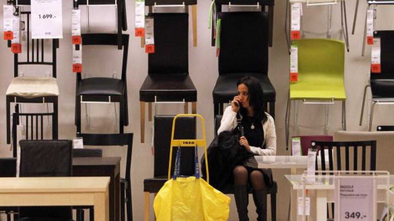 Ikeas Freeze Curtails Medvedevs Goal