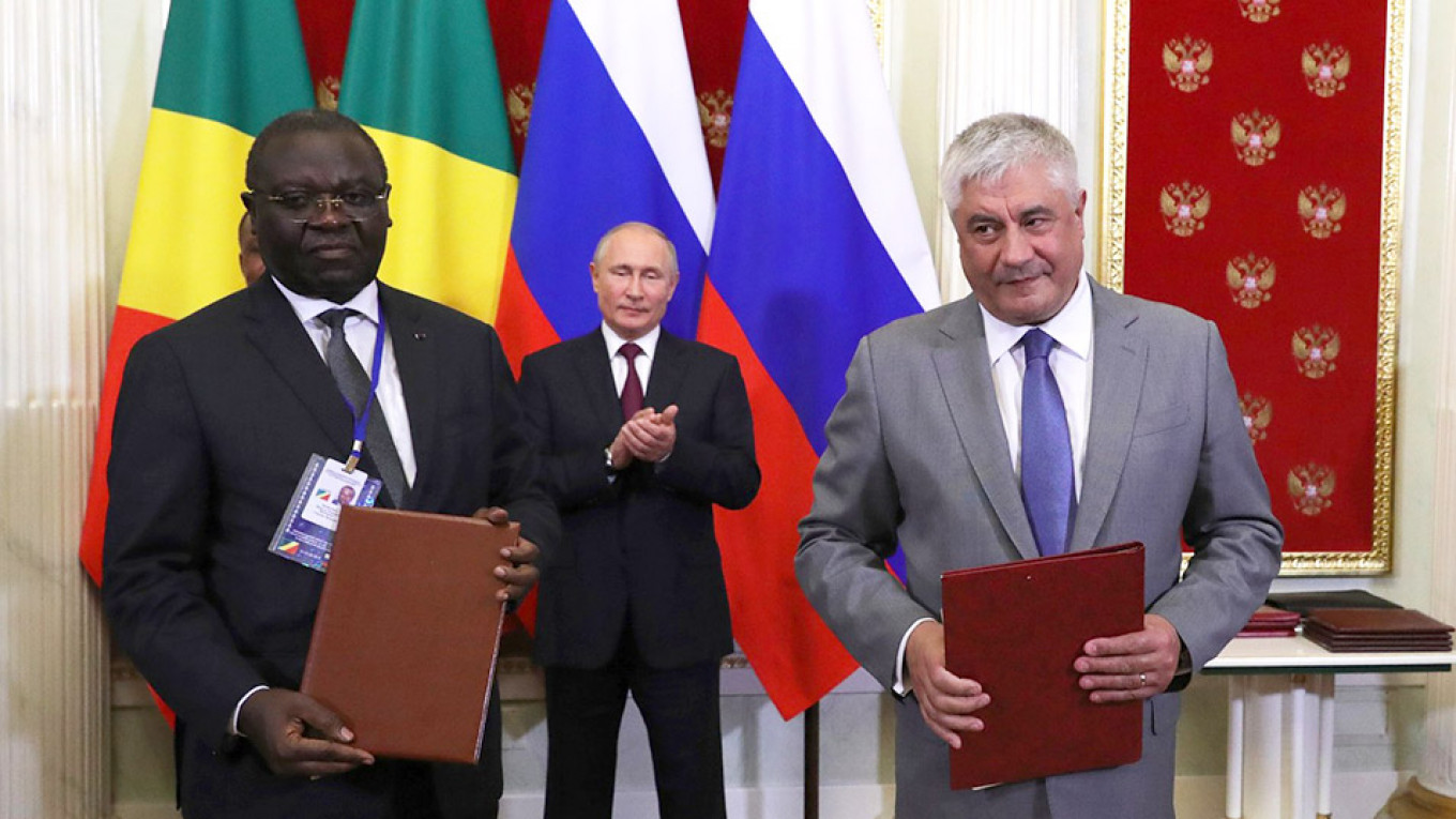 Russia to Send Military 'Specialists' to Republic of Congo