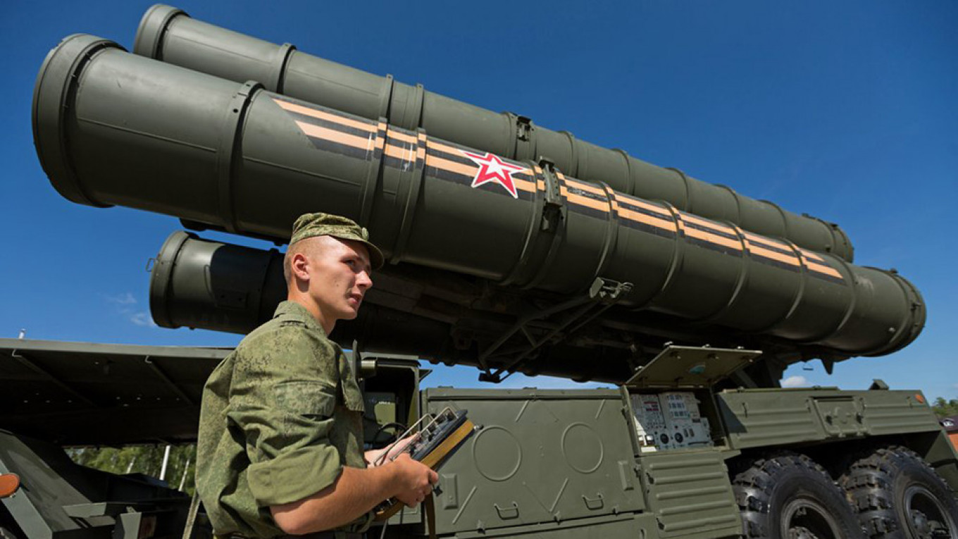 Russia Will Deploy New Missiles to Defend Arctic, Admiral Says