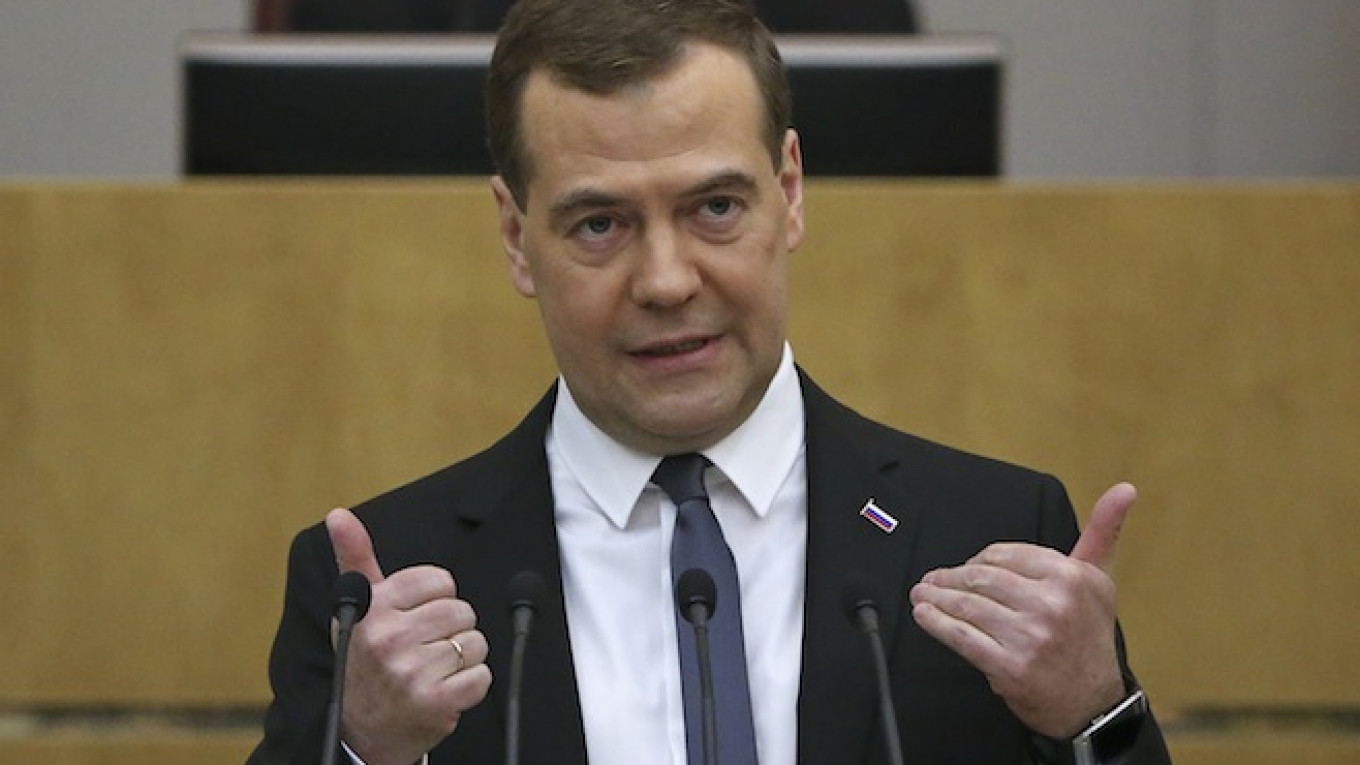 Medvedev Says Russia Has No Obligation to Stay Out of East