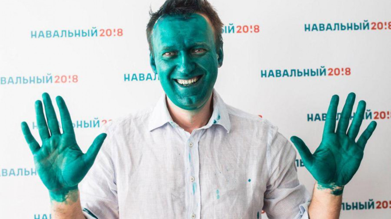 Opposition Politician Alexei Navalny Doused In Green Dye At Campaign Event