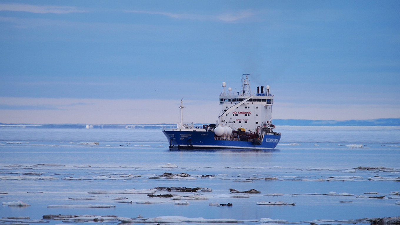 Putin to Decide on $40Bln in Tax Breaks for Arctic Oil.