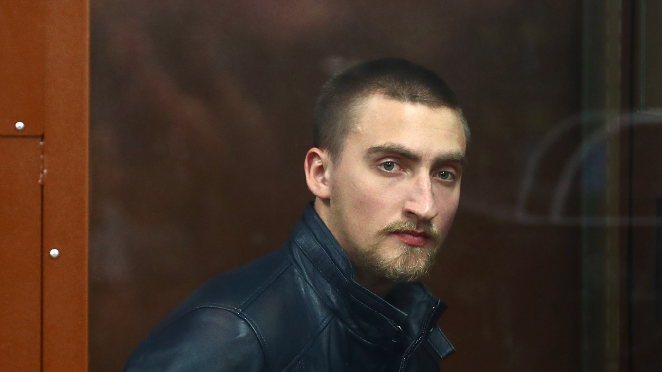 Jailed Russian Actor Released Ahead of Appeal After Moscow Protest Verdicts Spark Outcry