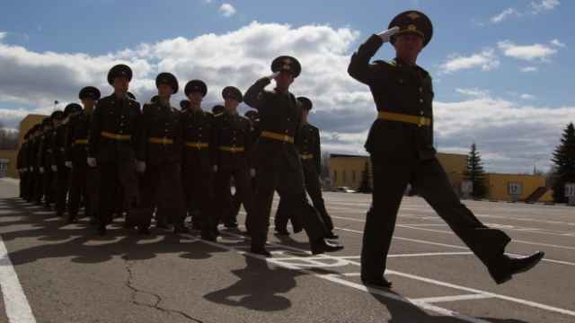 What You Need to Know About Joining the Russian Army