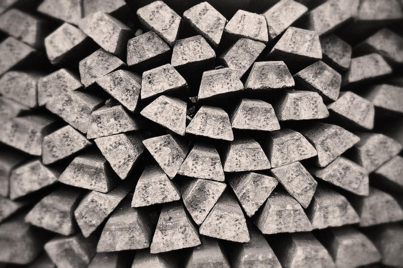 Серебро нужно солнечной энергетике и 5G