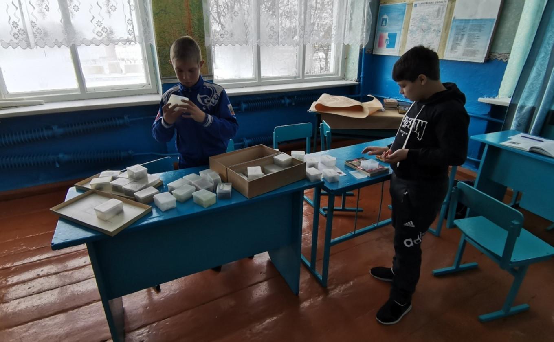 Дети в маленькой сельской школе теперь получают лучшее образование. Andrei Shchepkov / MT
