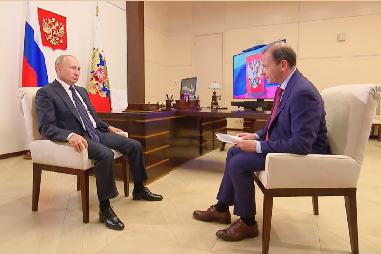Но и россияне предпочитают нечестно выбранного Александра Лукашенко